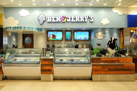 benjerry-freeconeday06.jpg