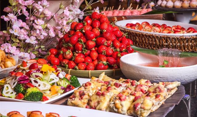 東京上野 大地の贈り物でブッフェ「いちご食べ比べ祭り」