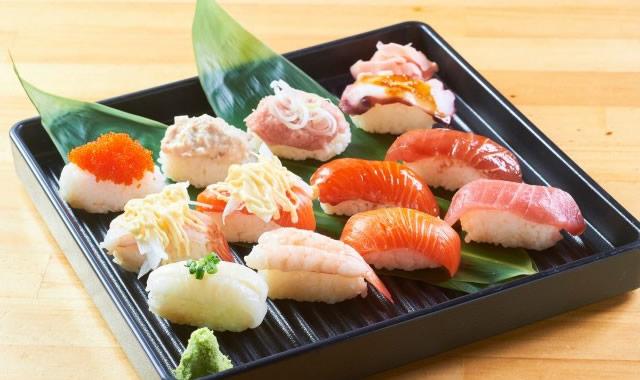 izakoi-izakuru-sushi01.jpg