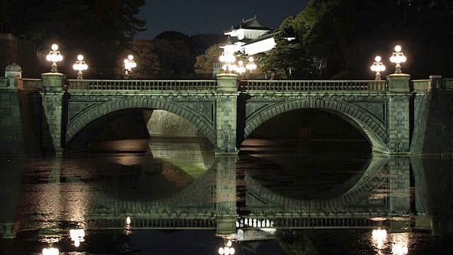 宮内庁・皇居二重橋等のライトアップの画像