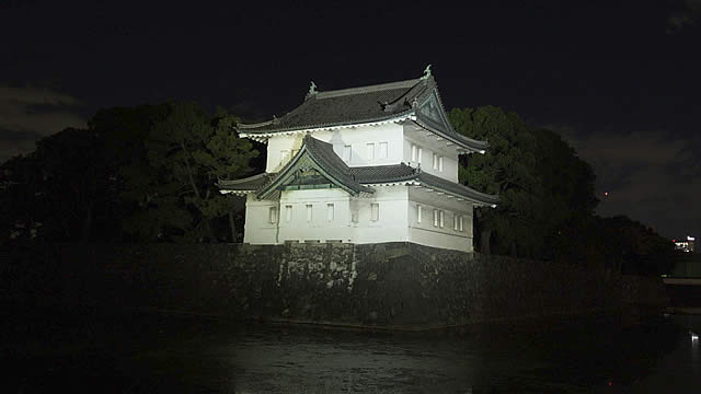 koukyo-lightup2014_03.jpg