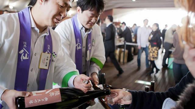 チャリティ試飲会「酒は未来を救う」の画像