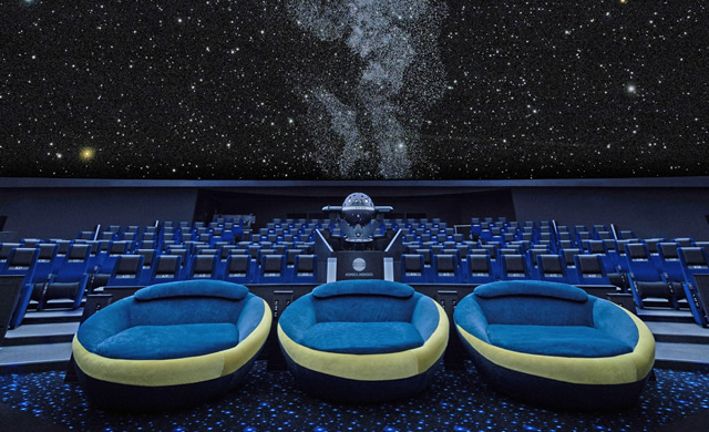 planetarium-tohoshinki02.jpg